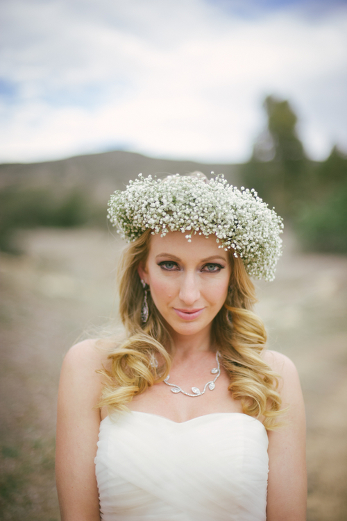 J-DeFiora-Photography-rustic-wedding-shoot-babys-breath-crown